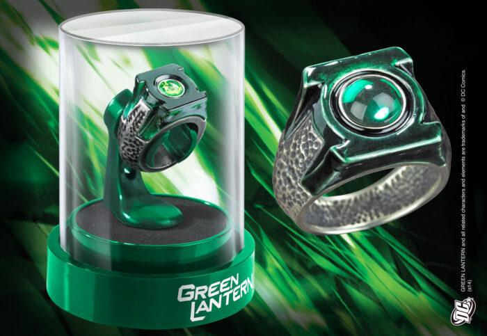 Green Lantern Prop Ring & Display