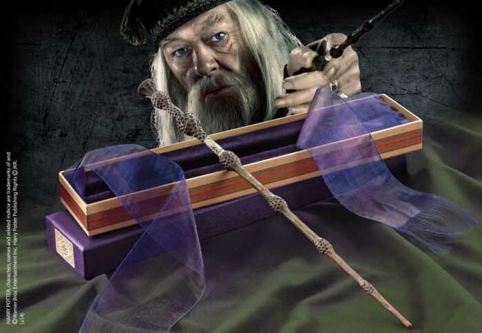 Professor Dumbledore Wand in Ollivanders Box