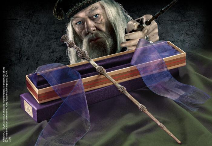 Professor Dumbledore Wand in Ollivanders Box