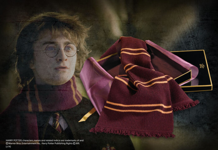 Gryffindor Lambs Wool Scarf in Madam Malkins Box