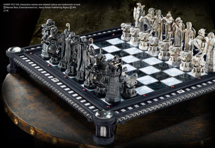 Final Challenge Chess Set